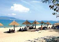 Top 8 bãi biển đẹp bạn nên 'đánh dấu' cho tour du lịch Đà Nẵng